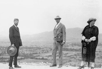 Lawrences-Bynner-Teotihuacan-1923