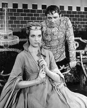 Richard_Burton_and_Julie_Andrews_Camelot